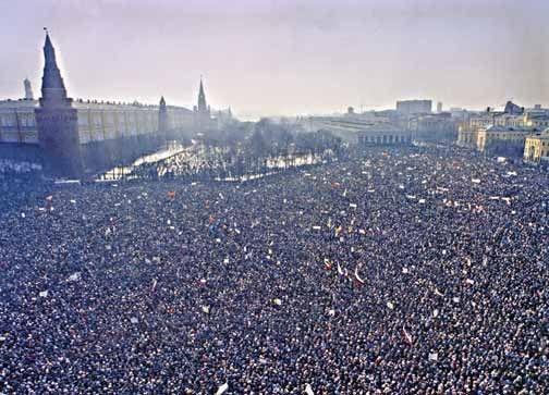 Путч ГКЧП 1991 демонстрация на манежной площади
