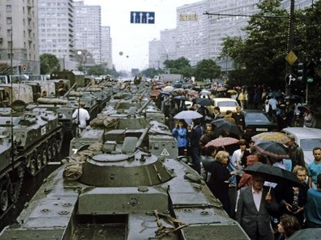 Путч ГКЧП 1991 БТР в Москве