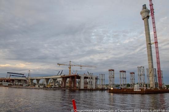 строящиеся опоры будущего моста ЗСД