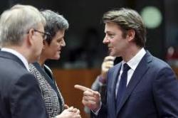 Полдень на мировых финансовых рынках: размещения Франции и Испании, провальные переговоры и  возможность снижения ставки
