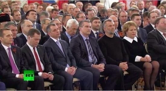 Правительство России проведет управленческий эксперимент в Крыму