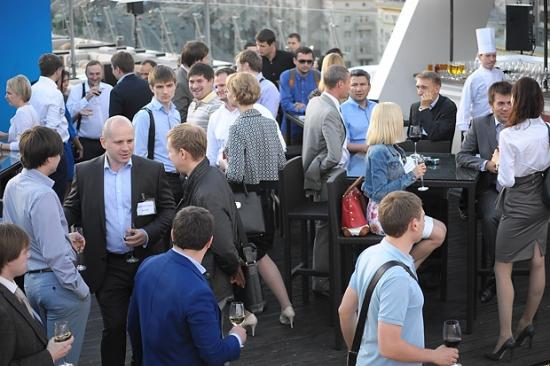 Как брокеры проводят вечеринки. Летний вечер Tradition в O2 Lounge: фото