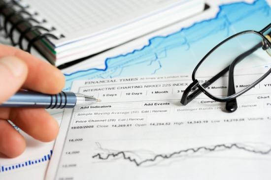 Банковская комиссия: пополнение брокерского счета через банковский перевод...