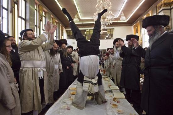 Полез я тут по старой забытой традиции Смарт-Лаба на Израильскую биржу посмотреть, а там...
