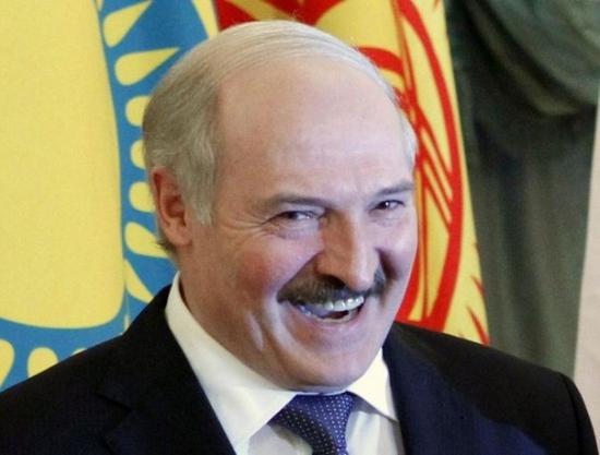 ЕС приостановил санкции против Белорусии