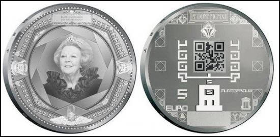 Монеты с QR-кодом