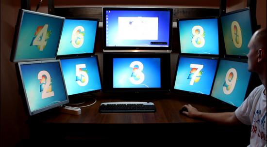 10-мониторный рабочий стол своими руками
