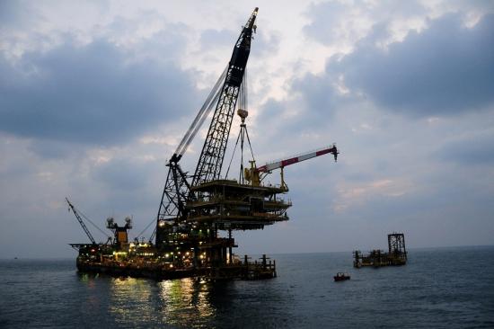 Утопающие в нефти