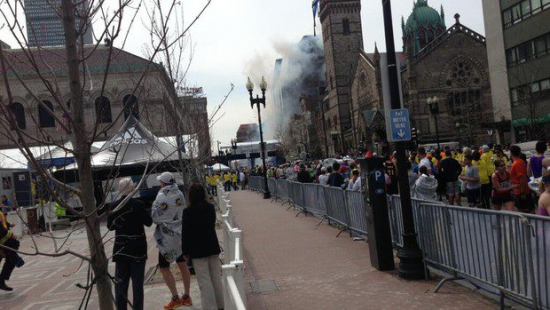 взрывы на бостонском марафоне десятки пострадавших и погибшие