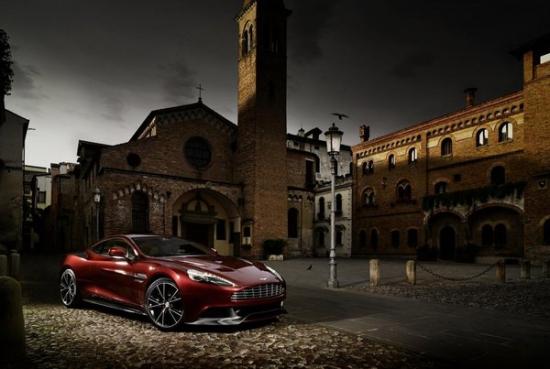 Toyota хочет купить Aston Martin