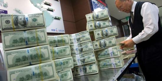 Скоро будет рост доллара по отношению ко всем валютам.