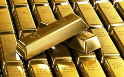 Центробанки впервые за 2012 год начали активно распродавать этот драгметалл. МВФ устроит распродажу золота для борьбы с кризисом