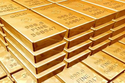 Мир забирает у США свое золото
