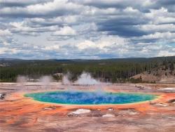 Yellowstone - пороховая бочка и мина замедленного действия в одном флаконе