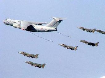 Россия проиграла четыре тендера на поставку военной техники  в Индию