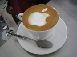 Apple – лидер среди американских корпораций по объему кэша на счетах