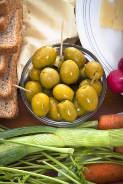 Грецию спасут оливки и мед
