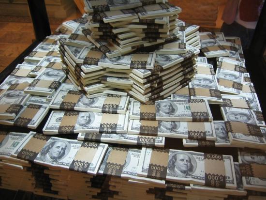 В России 131 миллиардер. Это диагноз