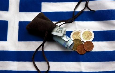 """Греция договорилась с """"тройкой"""" о сокращениях расходов на 11,5 млрд евро!"""