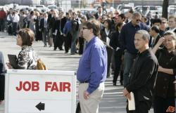 Мировая безработица будет высокой еще до конца 2013 года