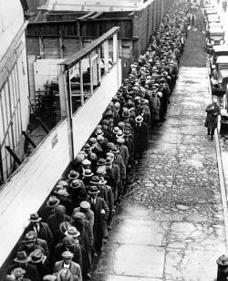Реальная безработица в США не 8.1%, а все 19%