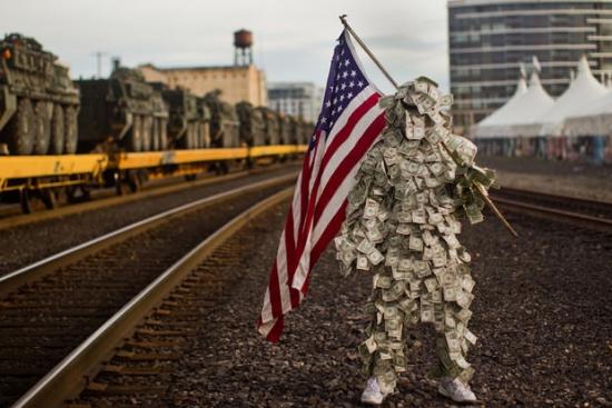 Человек делает деньги или деньги – человека?