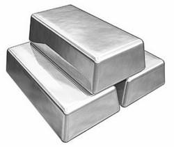 В чем принципиальные отличия между рынками золота и серебра?