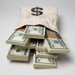 Доллар укрепляется, несмотря на «смягчение» от ФРС