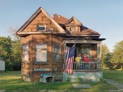 Детройт: страх перед неоплаченными счетами