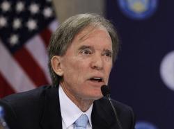 Билл Гросс: ФРС США будет держать ставки на минимуме еще долго
