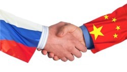 Сколько казначейских облигаций находится в руках Китая и России?
