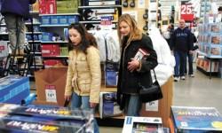 США: потребительская уверенность упала до 7-месячного минимума
