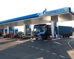 """""""Газпром нефть"""" заработала более 48 млрд руб. в I половине 2012г."""