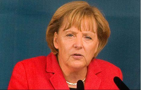 Он находится в другом мире. Меркель про Путина