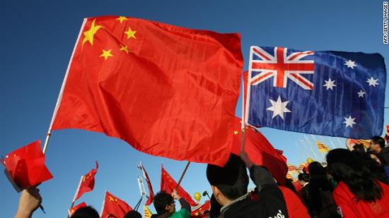 Австралийский ЦБ планирует инвестировать 5% своих валютных резервов в китайские государственные облигации.Утопающий спасает утопающего?
