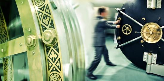 Российским банкам готовят «железный занавес» Bloomberg
