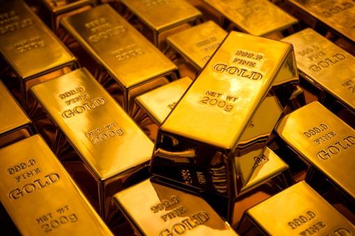 Золотой «пузырь» сдувается Цены на золото снижаются — в 2015 году оно может стоить менее $1000 за унцию, считают аналитики