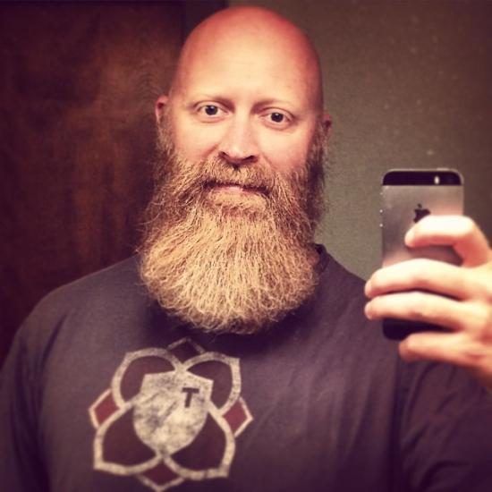 Он пообещал не брить бороду