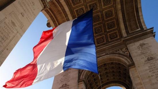 Французское движение призывает к референдуму по санкциям против РФ