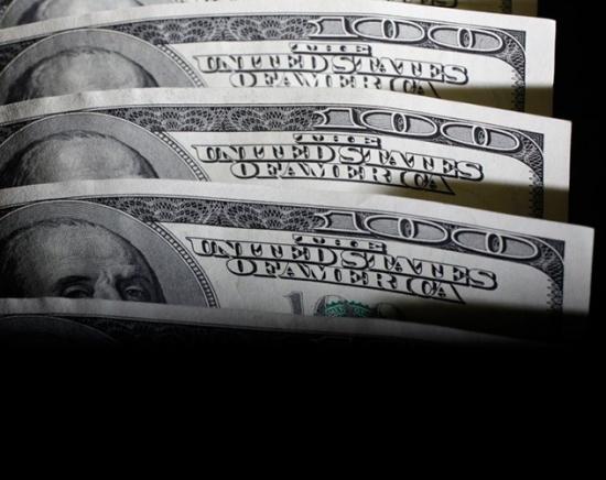 Долларизация на марше: уже 21% вкладов – в валюте