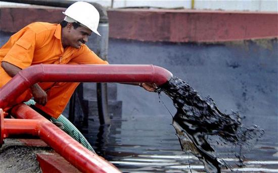 Саудовская Аравия увеличила экспорт нефти в марте до рекордных показателей за 9 лет.