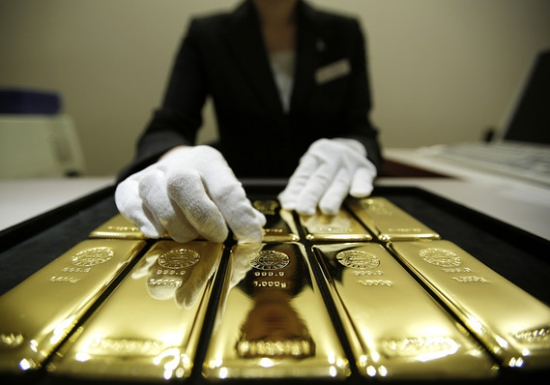 Золото, может, и вырастет, но красная цена ему 800 долларов!