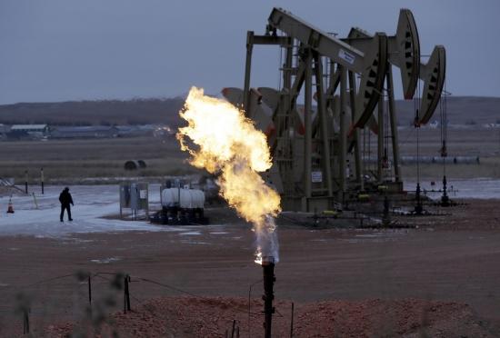 Обзор рынка: Европейские индексы колеблются, на форексе спокойно, в центре внимания нефть и завтрашняя встреча ОПЕК