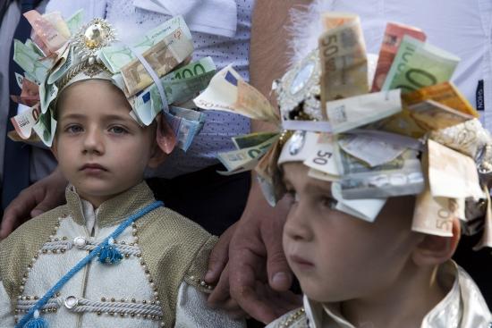 Обзор рынка: Европейские индексы снижаются, после выступления Драги евро почти дошел до $1,14