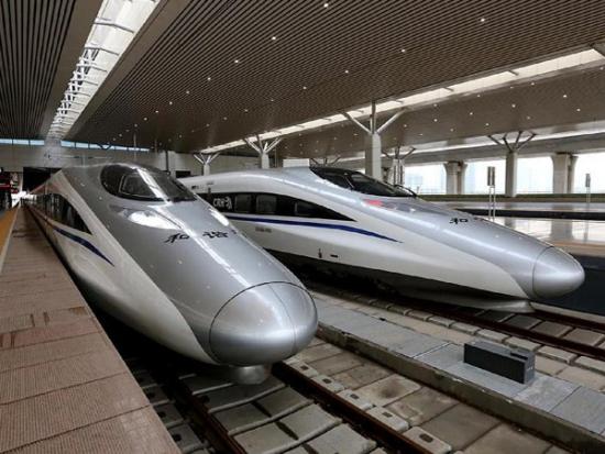 Китай инвестирует в первую в России высокоскоростную железную дорогу 300 млрд рублей