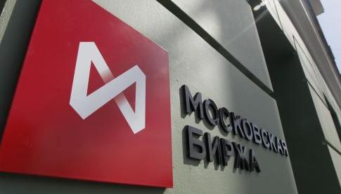 РТС и ММВБ в пятницу отвязались от нефти и рубля и пустились в рост