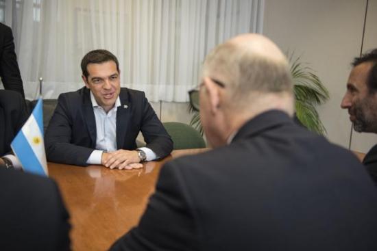Фото дня: Ципрас встретился с Тимерманом