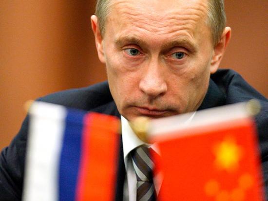 Китай за год сократил инвестиции в российскую экономику на 20%