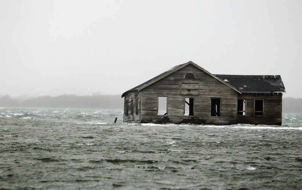 Затопленный дом картинки