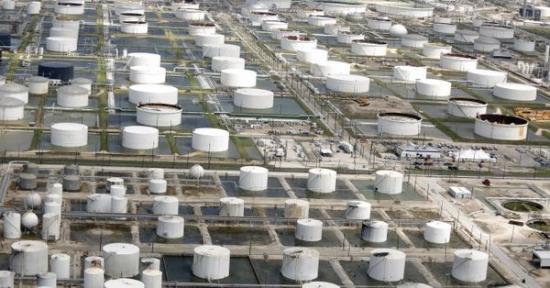 Прогноз Goldman Sahcs по запасам нефти